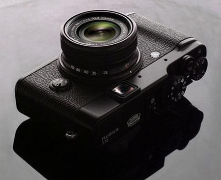 Fujifilm new X10 compact