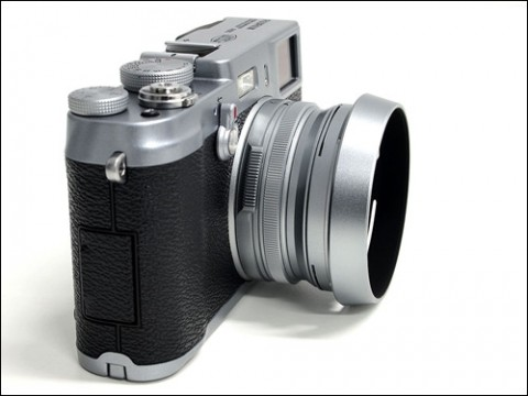 Fujifilm Finepix X100 retro design
