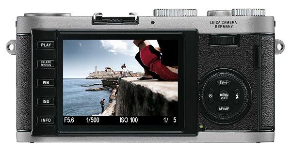 Leica X1 details