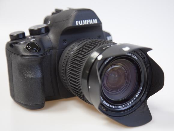 26x optical zoom Fuji X-S1