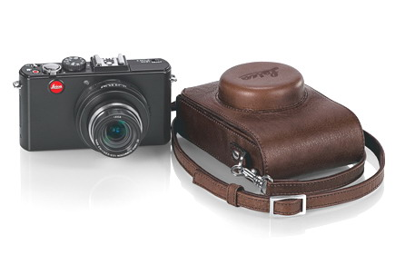 new Leica D-Lux 5 with case