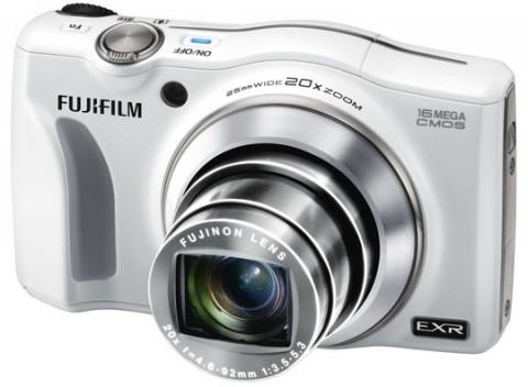 Finepix F750EXR lens detail