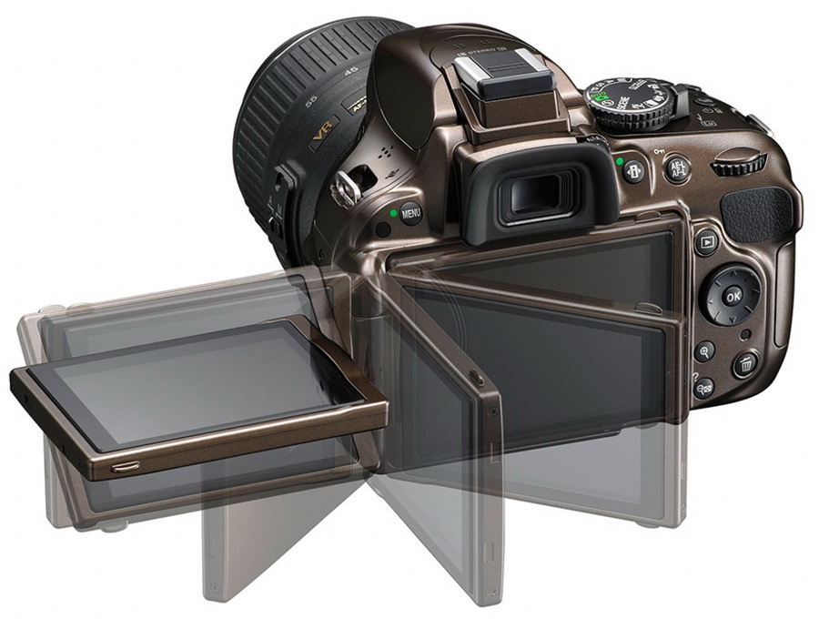 The vari-angle TFT LCD of Nikon D5200