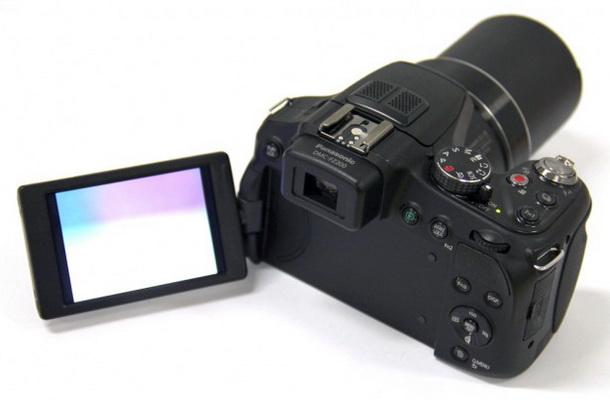 Panasonic FZ200 LCD monitor