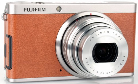 The Fujifilm XF1 with aluminum body