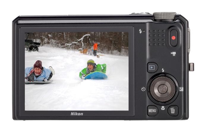 The LCD monitor of Nikon S9050