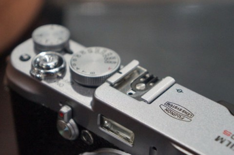 The buttons of Fuji X100S