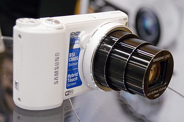 The WB800F smart camera from Samsung