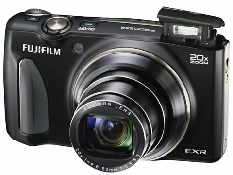 FinePix F900EXR with pop-up flash