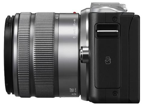 Panasonic Lumix GF6 with lens