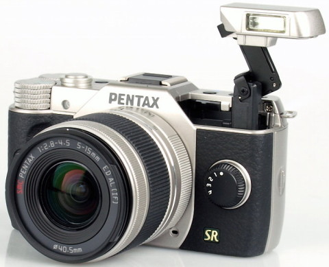 The built-in retractable flash unit of Pentax Q7
