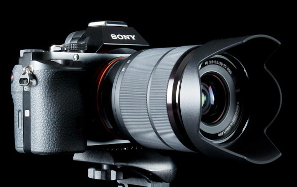 Sony Alpha a7 with lens
